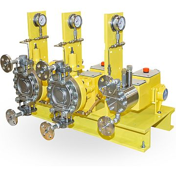 Metering Pumps Milroyal D Triplex low flow special with leak detection